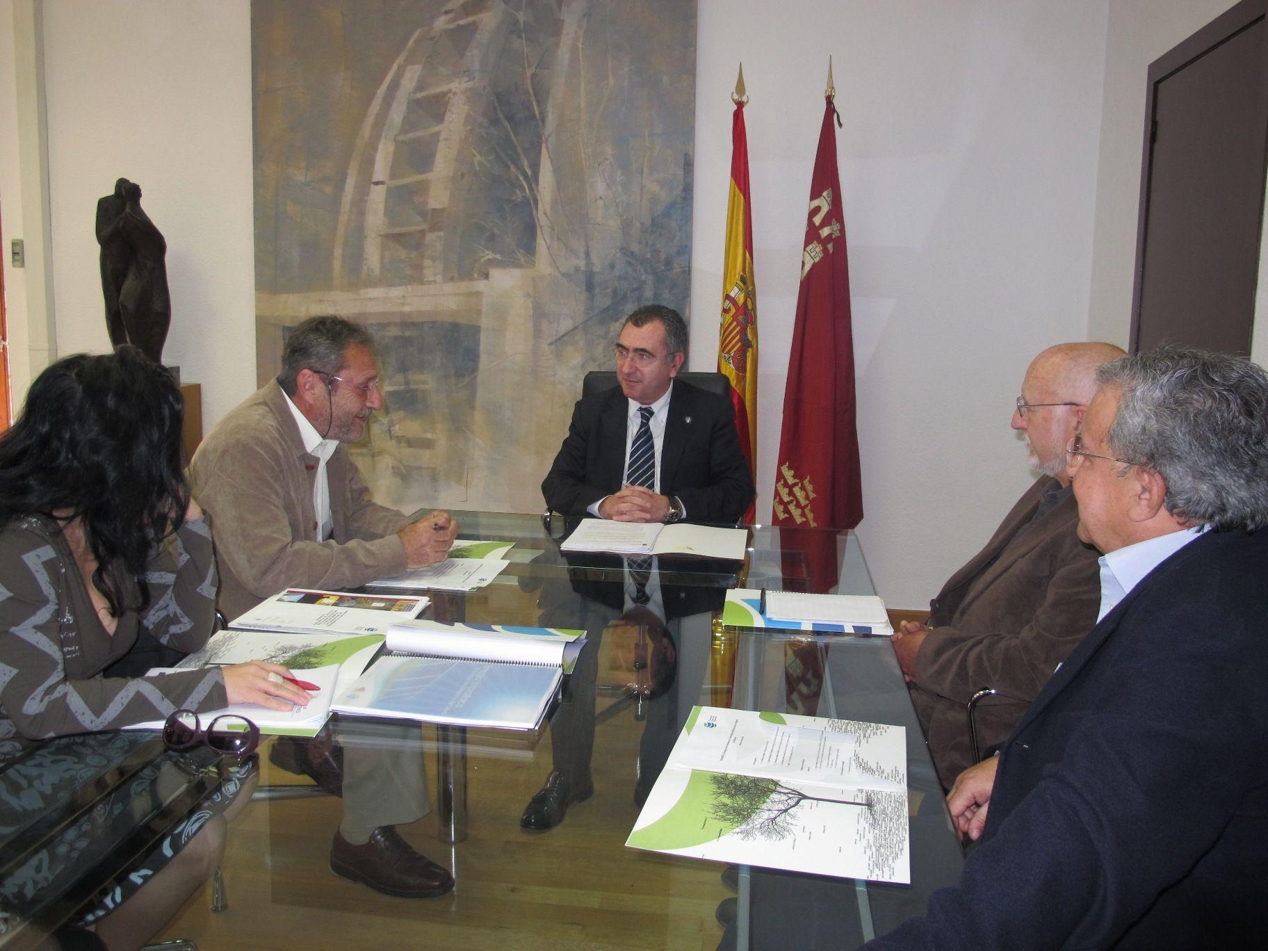 Reunión en la Consejería de Presidencia