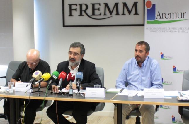 rueda de prensa FDS-AREMUR