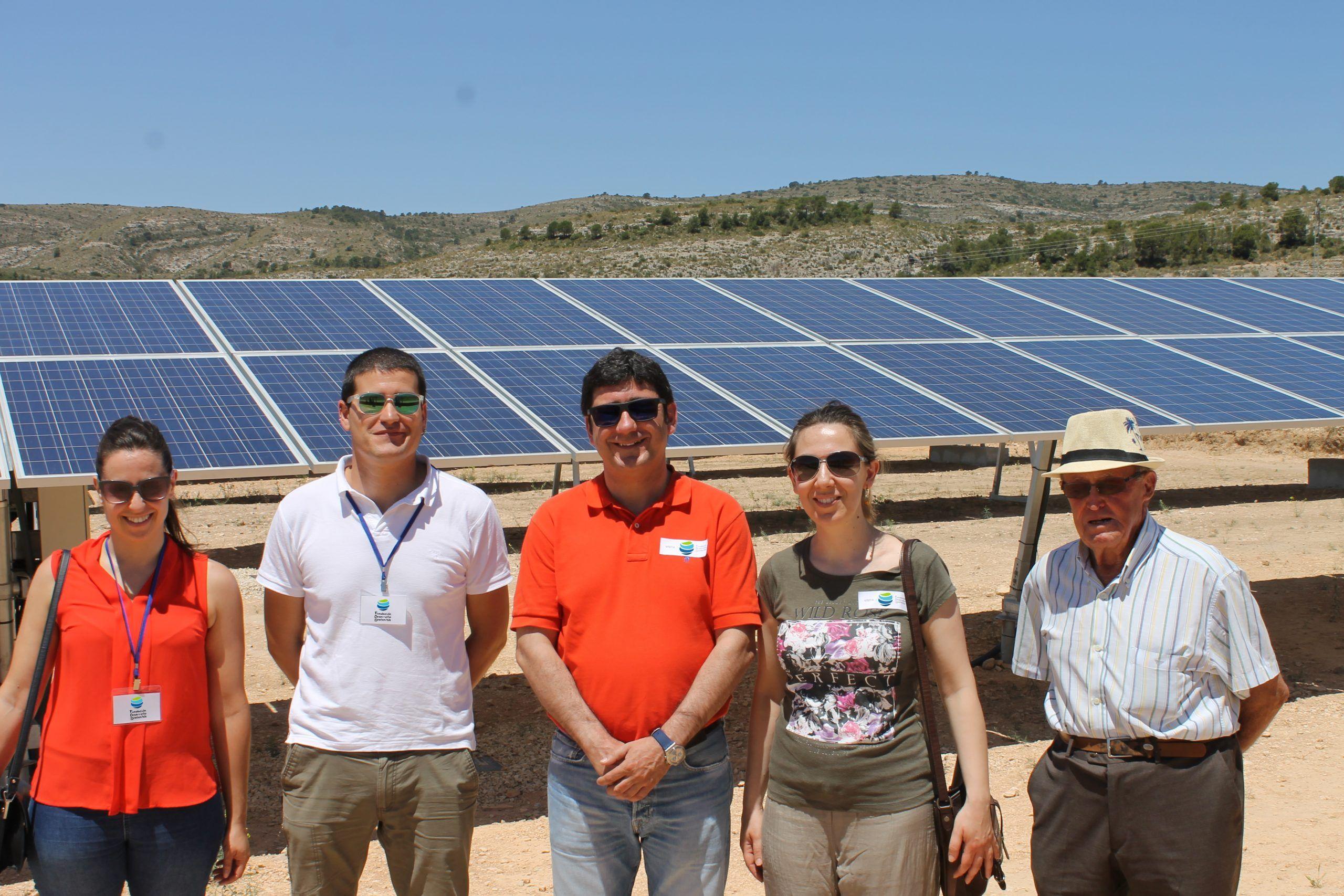 IMG 7779 - Los agricultores y regantes de Cehegín visitan una instalación de riego con bombeo solar