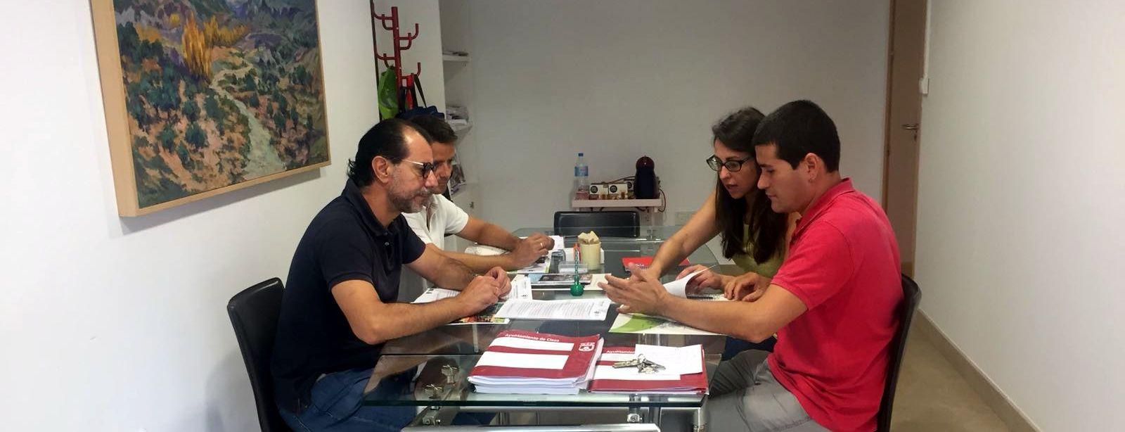 reunión - El Ayuntamiento de Cieza participará con sus colegios en el proyecto 'Mi cole ahorra con energía'