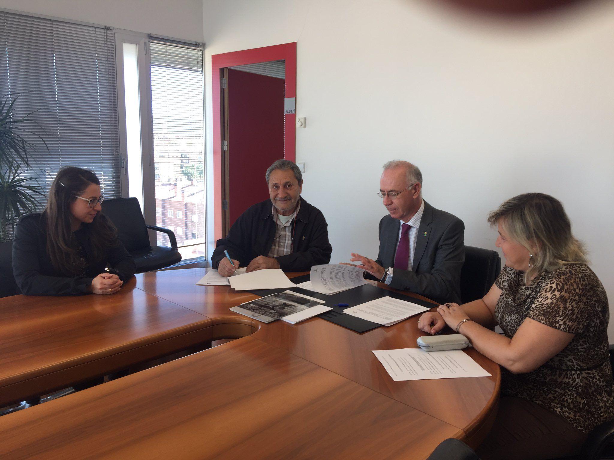"""firma micole murcia - El Ayuntamiento de Murcia también se suma al proyecto """"Mi Cole Ahorra con Energía"""""""