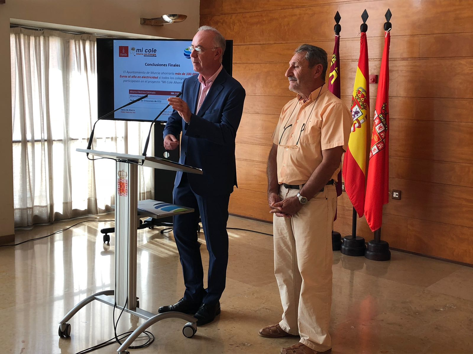 A70EC94D 83C7 40E0 9ED3 E5177EECF449 - El Ayuntamiento de Murcia reduce sus emisiones de CO2 en casi 2 toneladas durante el primer trimestre del 2018 gracias al proyecto 'Mi Cole Ahorra con Energía'