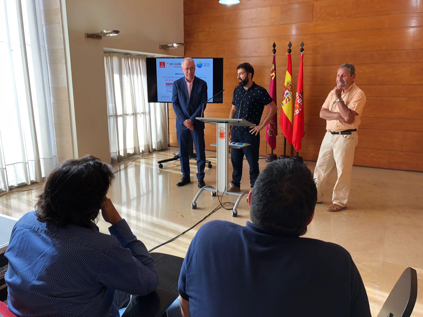 WhatsApp Image 2018 06 12 at 11.35.51 - El Ayuntamiento de Murcia reduce sus emisiones de CO2 en casi 2 toneladas durante el primer trimestre del 2018 gracias al proyecto 'Mi Cole Ahorra con Energía'