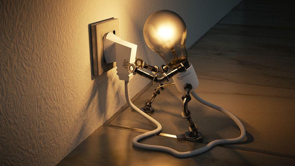 light bulb 3104355 960 720 - Controlador Eléctrico