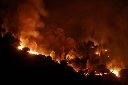 incendio - El 60 % de los españoles está preocupado por el cambio climático, según un estudio