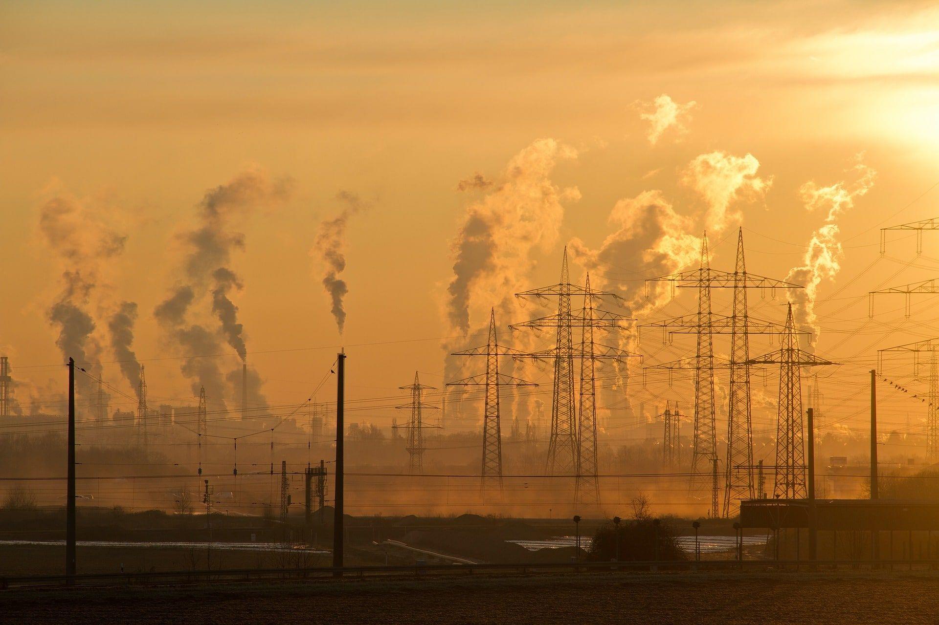 industry 1761801 1920 - Prevención de la Contaminación